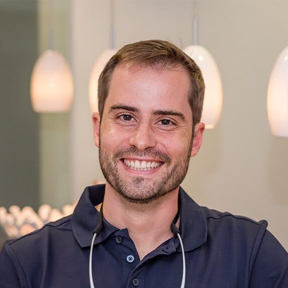 Dr. Alexander Mader